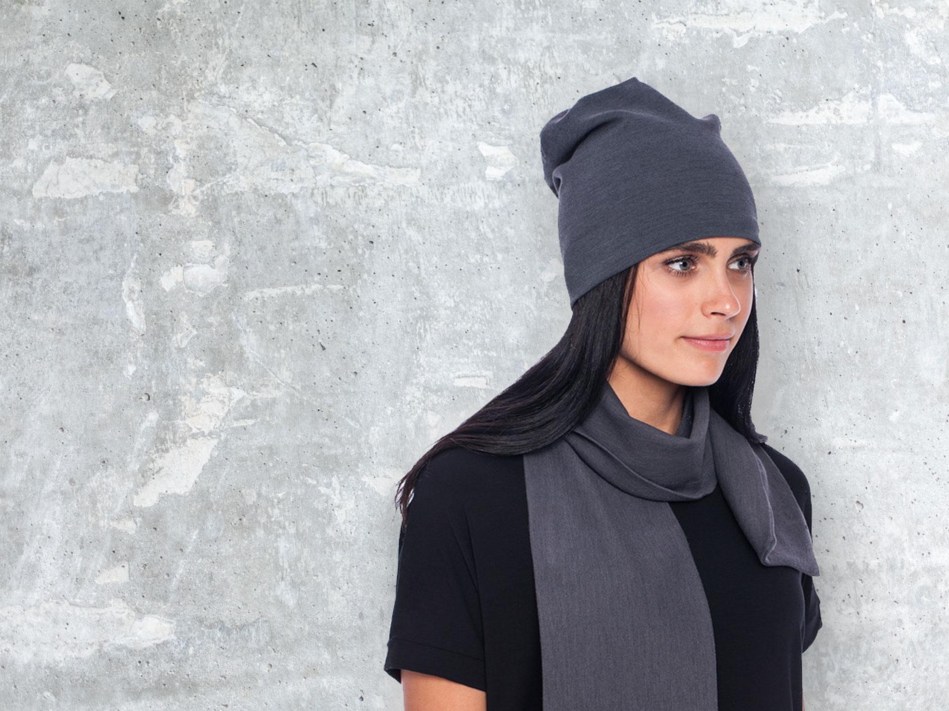 Caps, scarfs